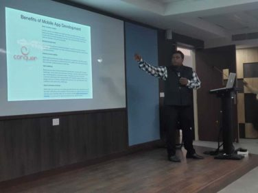 Seminar on 'Apple in Mobile App Development and Introduction to SWIFT'